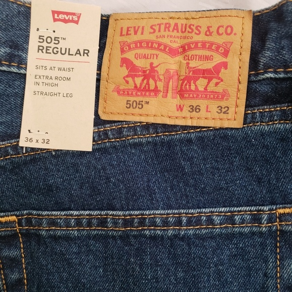 609649577fc NWT Men s Levi s 505 Regular Jeans s